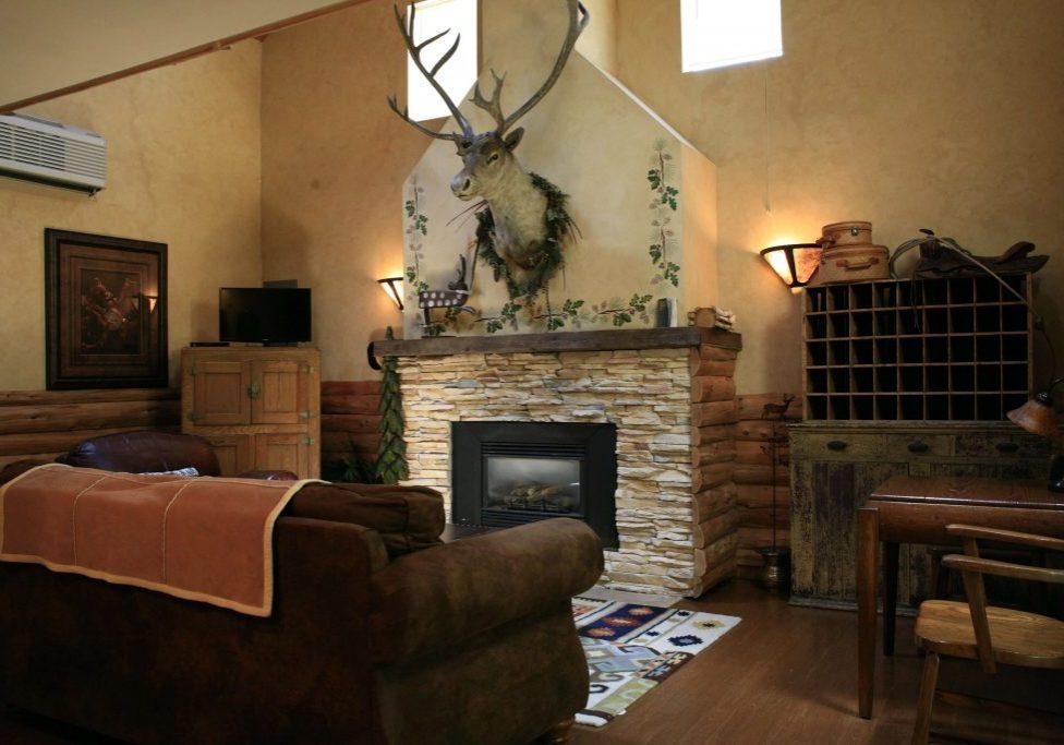 Caribou Cottage Living Room