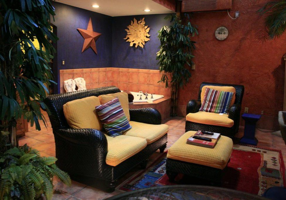 La Noche Cottage Living room