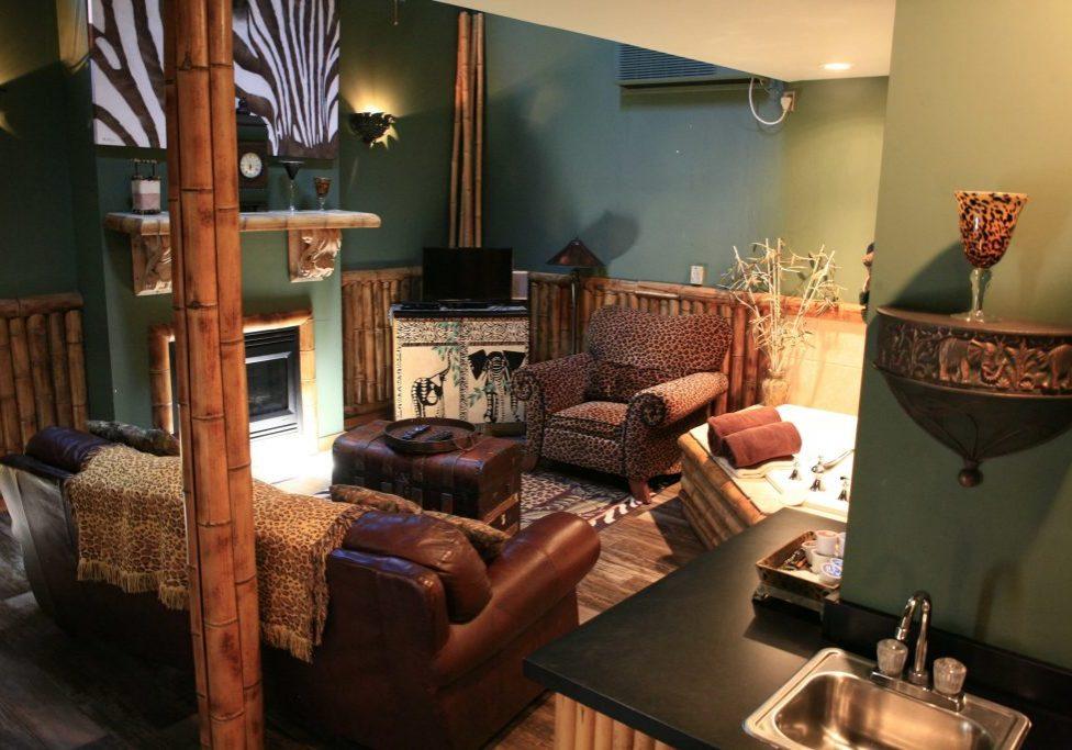 Serengeti Cottage Living Room